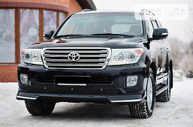 Toyota Land Cruiser 200 2014 в Ровно