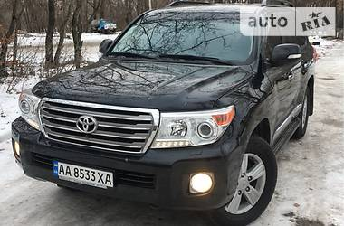 Toyota Land Cruiser 200 2013 в Киеве