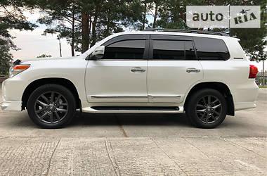 Toyota Land Cruiser 200 IDEAL