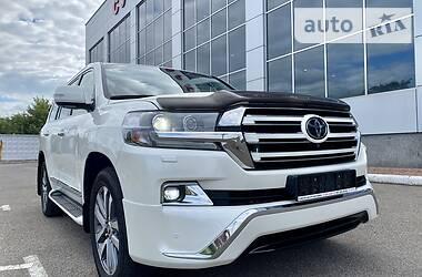 Toyota Land Cruiser 200 2017 в Киеве