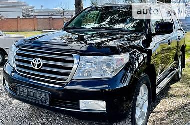 Toyota Land Cruiser 200 2011 в Черновцах