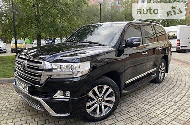Позашляховик / Кросовер Toyota Land Cruiser 200 2016 в Івано-Франківську