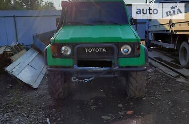 Toyota Land Cruiser 70 1993 в Сваляве