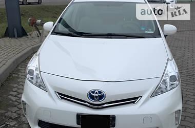 Универсал Toyota Prius v 2014 в Львове