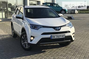 Внедорожник / Кроссовер Toyota RAV4 2018 в Луцке