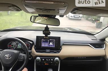 Внедорожник / Кроссовер Toyota RAV4 2019 в Львове