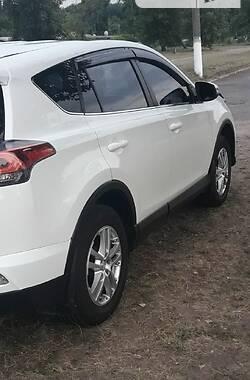 Внедорожник / Кроссовер Toyota RAV4 2016 в Каменском