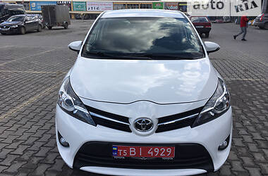 Toyota Verso 2015 в Чернівцях