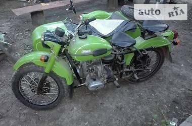Урал 8103 1990 в Гайсине