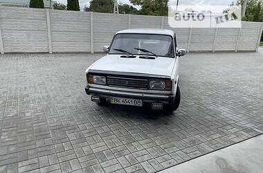 Седан ВАЗ 2105 1990 в Ровно