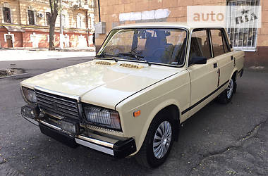 ВАЗ 2107 1990 в Одессе