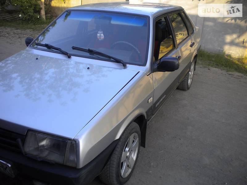 ВАЗ 21099 2003 в Кривом Роге