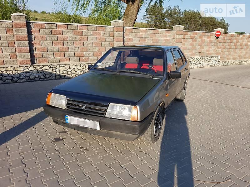 ВАЗ 21099 2002 в Волочиске