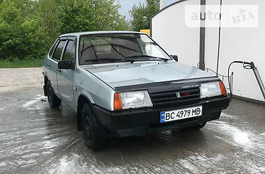 Седан ВАЗ 21099 1998 в Львове