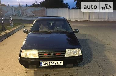 Седан ВАЗ 21099 1999 в Коростене