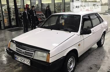 Седан ВАЗ 21099 1992 в Львове