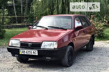 Седан ВАЗ 21099 1993 в Новой Ушице