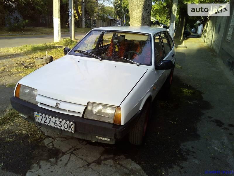 Хетчбек ВАЗ 2109 1993 в Одесі