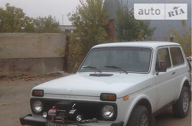 ВАЗ 2121 1988 в Новой Ушице