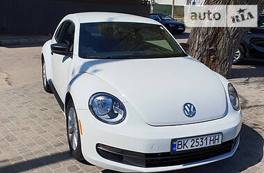 Хэтчбек Volkswagen Beetle 2015 в Ровно