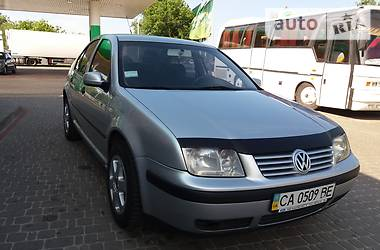 Volkswagen Bora 2003 в Киеве