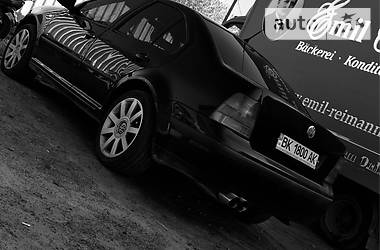 Volkswagen Bora 2000 в Рокитном