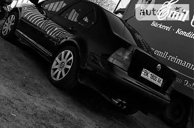 Volkswagen Bora 2000 в Рокитному