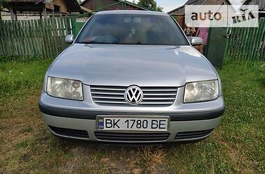 Volkswagen Bora 2003 в Сарнах