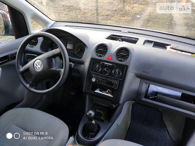 Volkswagen Caddy пасс. 2005 в Горохове