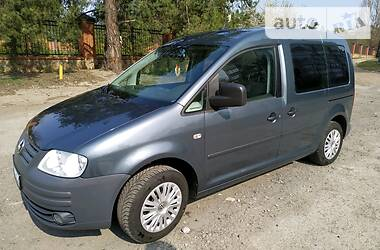 Volkswagen Caddy пасс. 2008 в Обухове