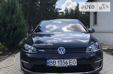 Хетчбек Volkswagen e-Golf 2016 в Сєверодонецьку