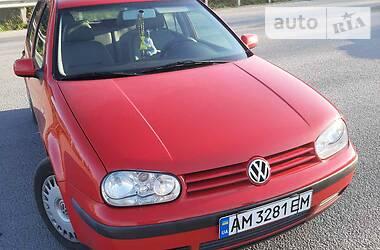 Volkswagen Golf IV 2002 в Новограде-Волынском