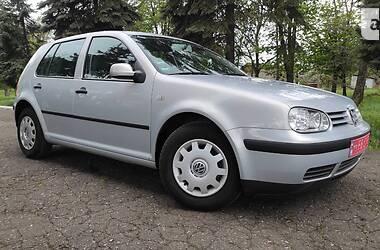 Хэтчбек Volkswagen Golf IV 2000 в Покровске