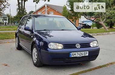 Хетчбек Volkswagen Golf IV 2000 в Новограді-Волинському