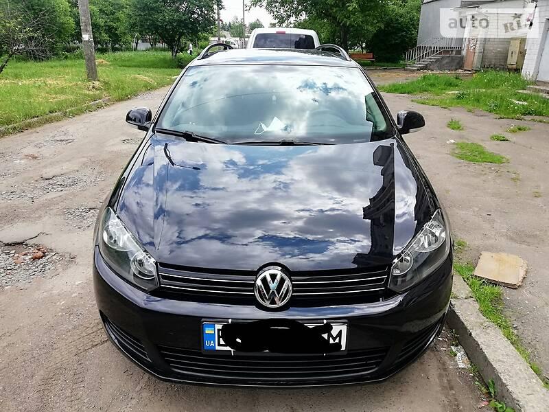 Универсал Volkswagen Golf VI 2011 в Дрогобыче