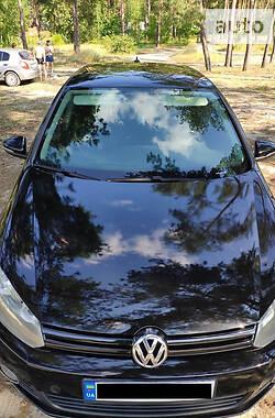 Хэтчбек Volkswagen Golf VI 2011 в Сумах