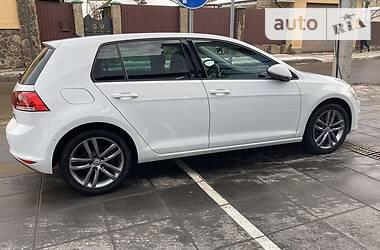 Volkswagen Golf VII HIGHLINE Exklusive
