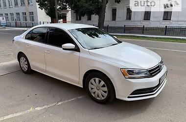 Седан Volkswagen Jetta 2016 в Ромнах