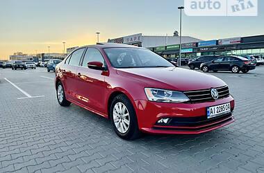 Седан Volkswagen Jetta 2016 в Киеве