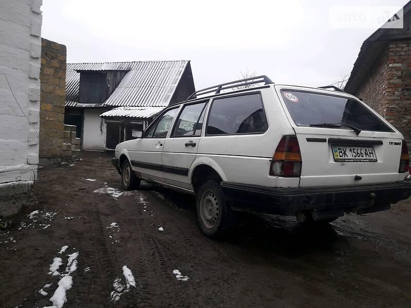 Volkswagen Passat B2 1987 в Костополе