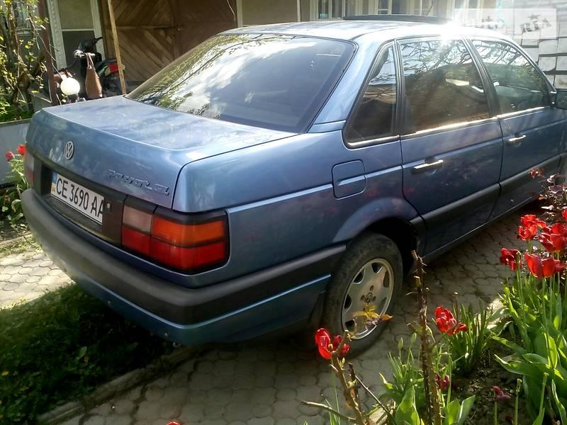 Volkswagen Passat B3 1992 в Хотине