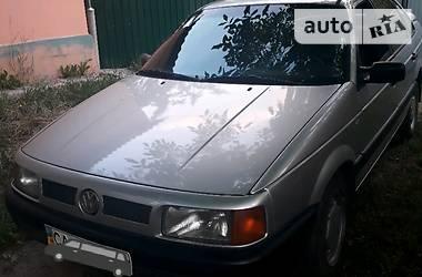 Volkswagen Passat B3 1988 в Смеле