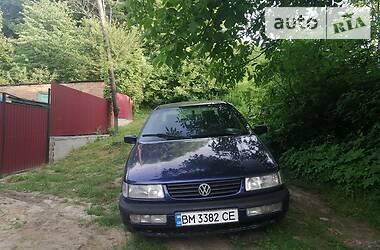 Седан Volkswagen Passat B4 1994 в Ромнах