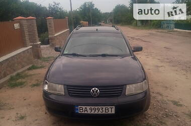 Volkswagen Passat B5 2000 в Ольшанке