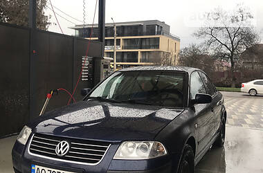 Седан Volkswagen Passat B5 2001 в Ужгороде