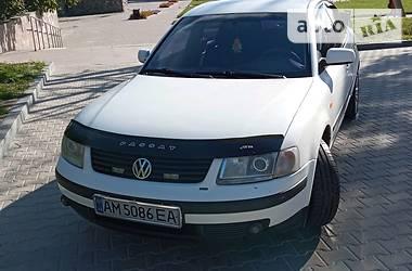 Седан Volkswagen Passat B5 1998 в Новограді-Волинському