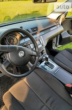 Универсал Volkswagen Passat B6 2010 в Шостке