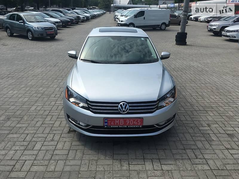 Volkswagen Passat B7 2012 в Дніпрі
