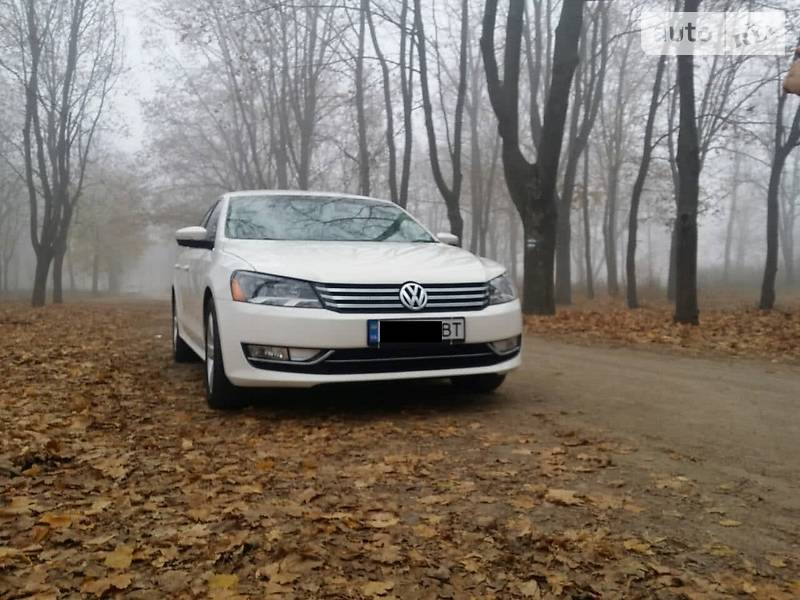 Volkswagen Passat 2012 года в Кропивницком (Кировограде)