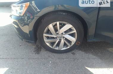 Седан Volkswagen Passat B7 2017 в Днепре